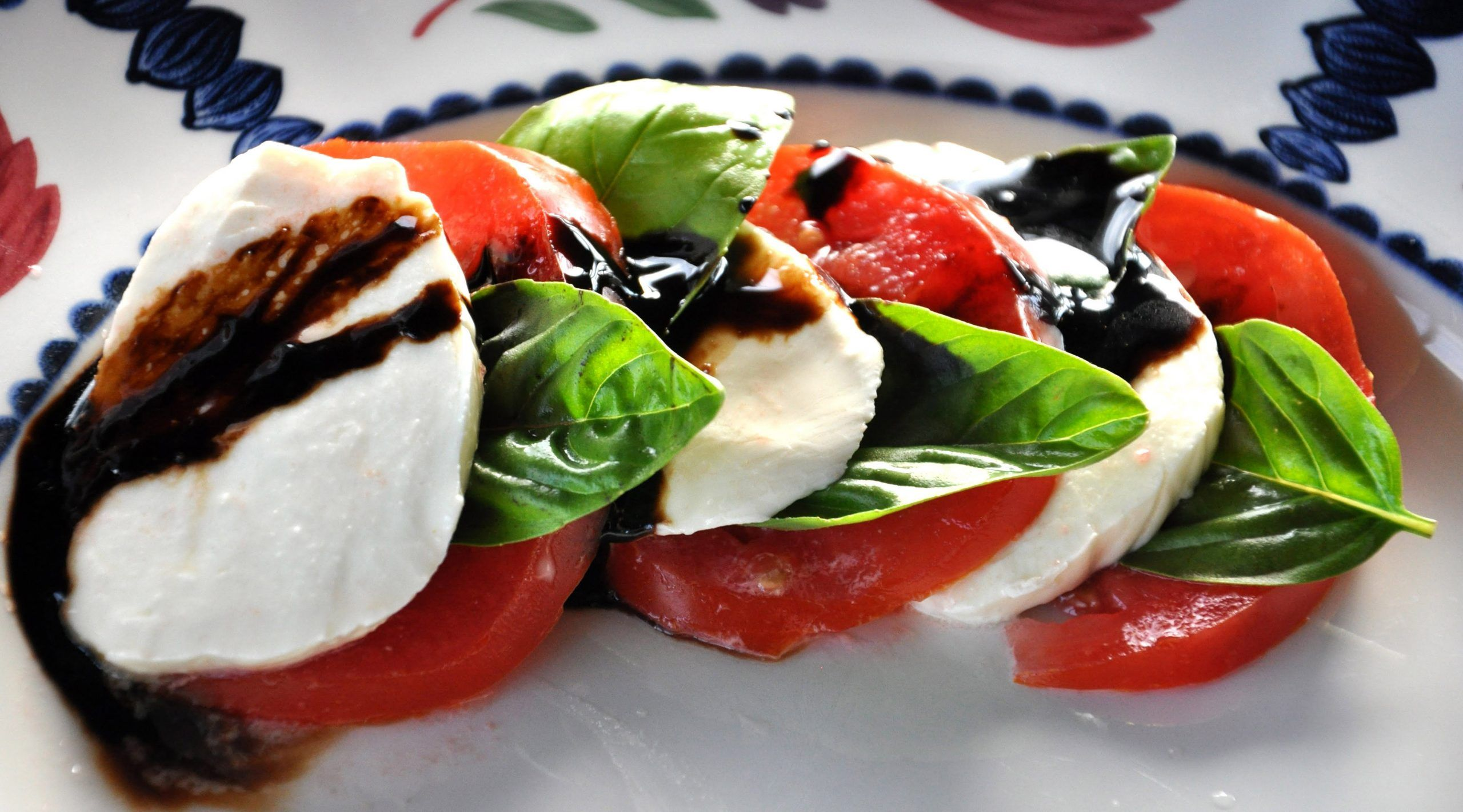 Ultimate and Easy Caprese Salad